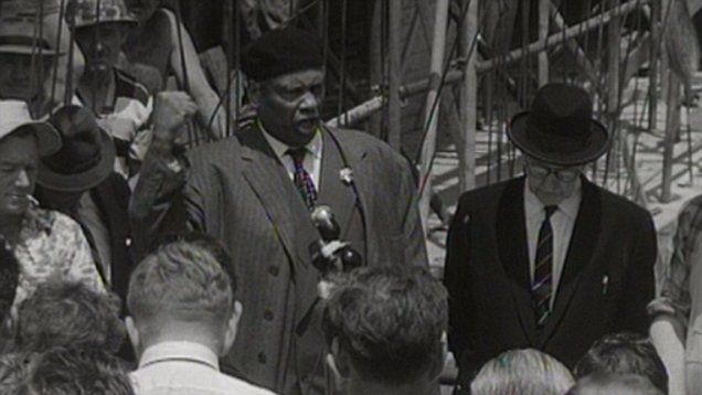Paul Robeson performs for construction workers building the Sydney Opera House in 1960